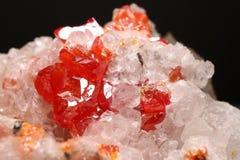 Röda Vanadinitekristaller Arkivfoton