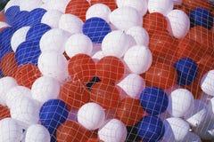 Röda, vita och blåa ballonger Royaltyfria Bilder