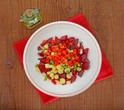 Rödbetssallad med olivolja Arkivbilder