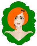 Rödhårig flicka med gröna ögon Royaltyfri Illustrationer