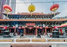 Rökelseofferings Sik Sik Yuen Wong Tai Sin Temple Kowloon Hong royaltyfria bilder