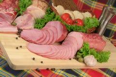 rökta meatprodukter royaltyfri bild