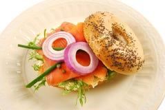 Rökte Salmon Bagel Sandwich Arkivbild