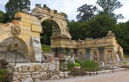 Römische Ruinen im Schönbrunn Palast stockfotografie