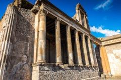Römische Ruinen nach der Eruption von Vesuv in Pompeji lizenzfreie stockfotos