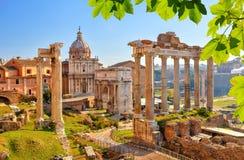 Römische Ruinen in Rom, Forum lizenzfreie stockbilder