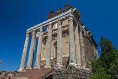 Römische Ruinen in Rom - Italien Stockfotografie