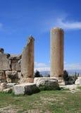 Römische Spalten bei Baalbeck, der Libanon Lizenzfreies Stockfoto
