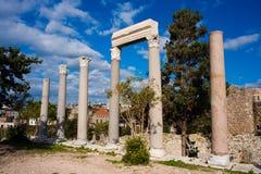Römische Spalten an der Byblos Festung. Stockbilder