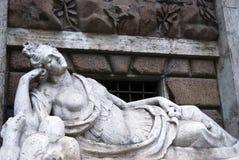 Römische weibliche Statue Lizenzfreies Stockfoto