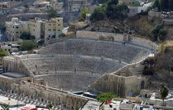 Römischer Amphitheatre in Amman-Zitadelle Stockfotos