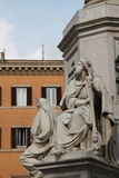 Römischer Brunnen von Rom Italien Stockbild