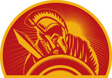 Römischer Soldat oder Gladiator mit Klinge und Schild Stockfoto