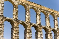 Römisches acqueduct in Segovia nahe Madrid, Spanien Lizenzfreies Stockfoto