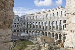 Römisches Amphitheater stockbilder