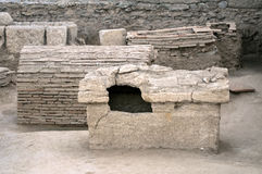 Römisches Grab stockbilder