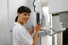 Röntgenstrahlen im zahnmedizinischen Büro Lizenzfreies Stockbild