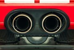 Rör för avgasrör för sportbil. Arkivfoton