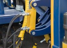 Rör för hydrauliskt tryck och pistongsystem Arkivbilder