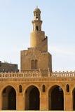 Röra sig i spiral minareten Ibn Tulun Arkivbilder
