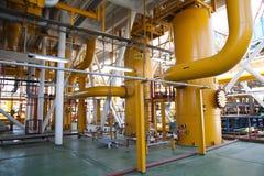 Rörledning- och trycköverföringssystem för olje- plattform Royaltyfria Foton