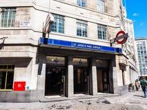Rörstation för St James Park i London (hdr) Royaltyfria Bilder