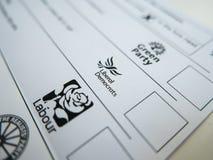Rösta formen med liberaldemokratlogo arkivbild