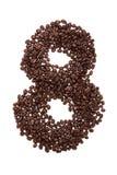 Röstkaffeebohnen gesetzt in Form Nr. acht Stockfotografie