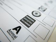 Röstningkort med den Christian Peoples Alliance logoen royaltyfri foto