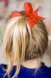 rött band w för flicka Royaltyfri Foto