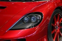 Rött bilslut för auto show upp Arkivbild