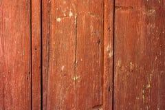 Rött gammalt rostat trä Arkivbild