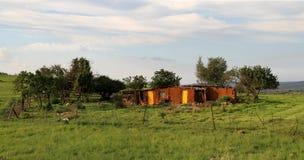 Rött jord- och lerahus i Mpumalanga Arkivfoton
