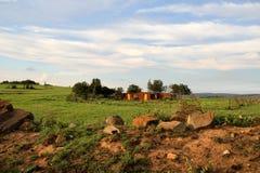 Rött jord- och lerahus i Mpumalanga Royaltyfri Bild