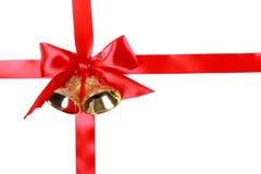 Rött julband med Klockor Royaltyfria Bilder