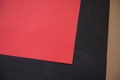 Rött och svart papper för hantverkidé Arkivfoton