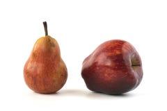 Rött päron och äpple Royaltyfri Bild