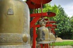 Rött paraply i Chiang Mai Royaltyfria Foton