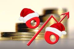 Rött procenttecken på en bakgrund av pengar Arkivfoto