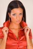 rött sinnligt för blusflickastående Arkivfoton