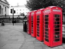 Rött telefonbås Arkivbilder