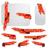 Rött texturerat pilbokmärke- och grå färgpapper Royaltyfri Fotografi