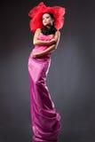 rött trycka på för modelady Royaltyfria Bilder