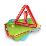 Rött utroptecken på en bunt av kreditkortar. Royaltyfri Fotografi