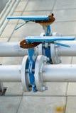 Rørlinjer med ventilen Arkivbild