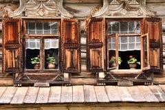 Rússia: Architechture de madeira velho fotos de stock royalty free