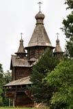 Rússia: Architechture de madeira velho fotos de stock