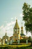Rússia Igreja antiga na vila Fotos de Stock