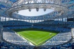 Rússia, Nizhny Novgorod - 16 de abril de 2018: Ideia do estádio de Nizhny Novgorod, construindo para o campeonato do mundo 2018 d foto de stock