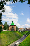 RÚSSIA, NIZHNY NOVGOROD: Torre do Kremlin de Nizhny Novgorod Fotografia de Stock